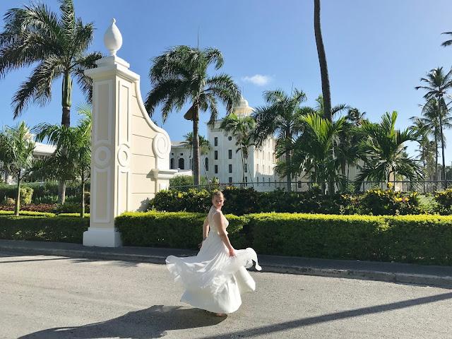 sesja ślubna, dominikana, piękna suknia ślubna