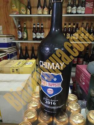 Ảnh thực tế sản phẩm bia Chimay xanh chai 3L