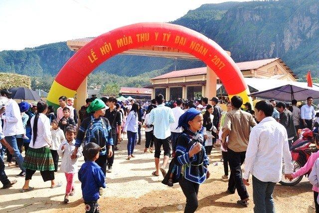 Y Ty Autumn Festival Opens in Lao Cai 2