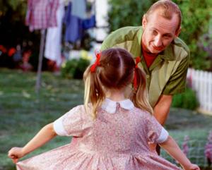 Freddy con su hija pequeña