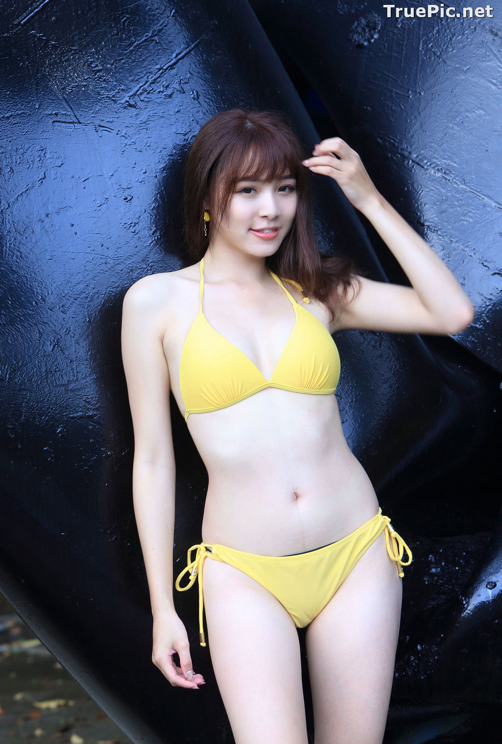 Image Taiwanese Model - Ash Ley - Yellow Bikini at Taipei Water Museum - TruePic.net - Picture-76