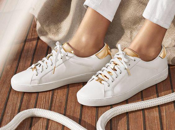Michael Kors Sneakers - Tênis brancos e dourados
