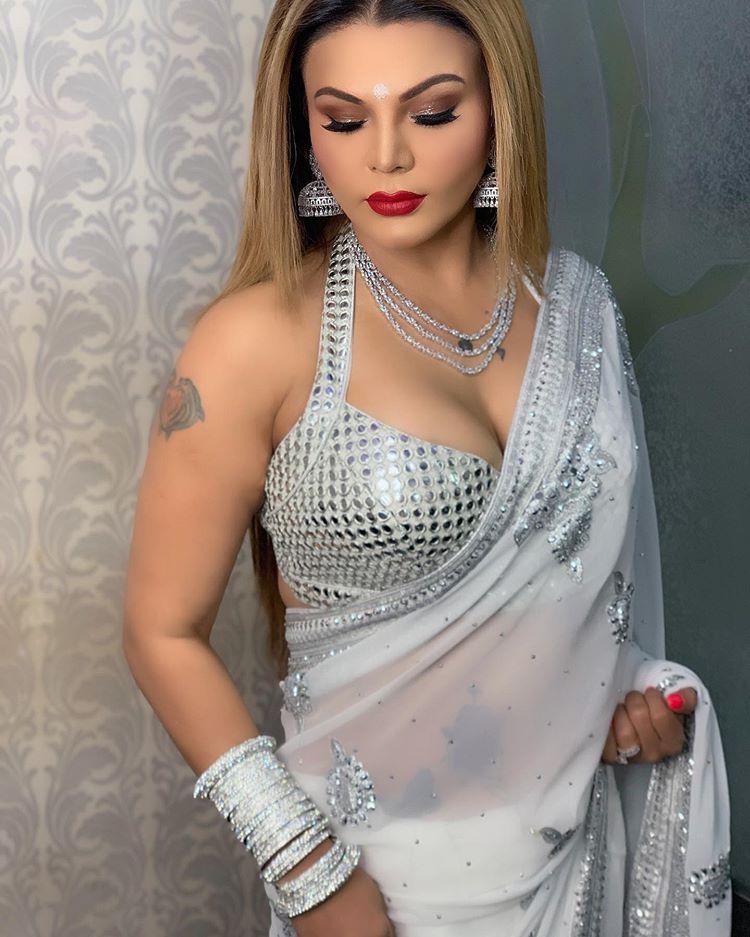 Top Desi Model Rakhi Sawant wallpaper