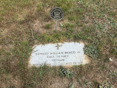 Gus Bragg Grave Stone