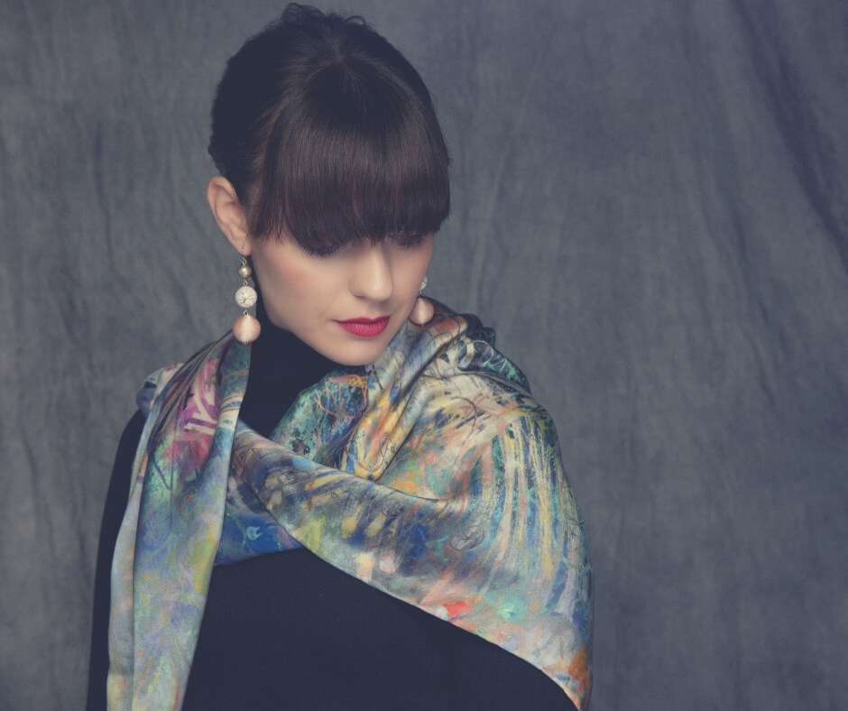 Christmas Gift Ideas For Your Mother-In-Law | A silk scarf is luxury she'll love!