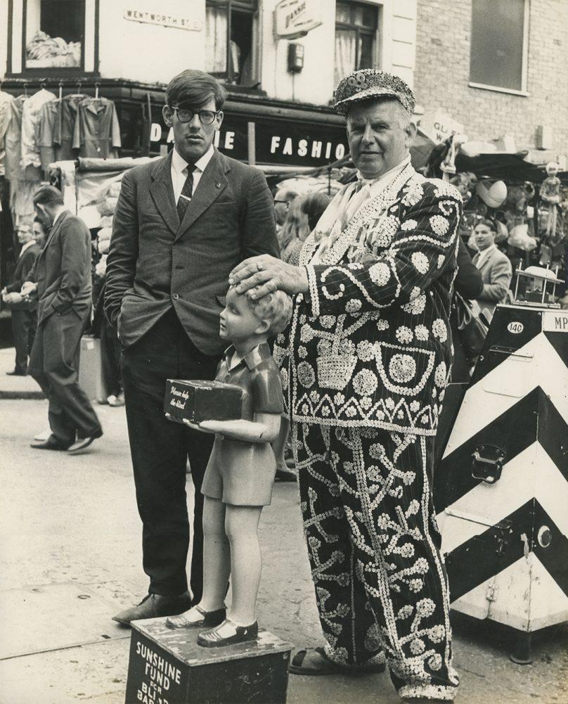 James Barnor, Pearly King, Petticoat Lane Market, London, 1960s - James Barnor, Accra London Retrospective at the Serpentine Gallery