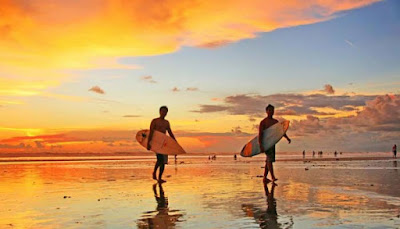 Pantai Kuta Sumber poto : initempatwisata.com