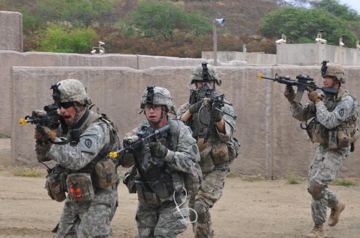 Waiting BD  US Army Tr...