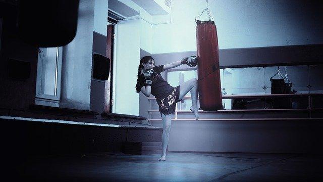 Kickboxen Workout am Sandsack