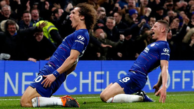 Chelsea David Luiz scores Manchester City and Celebrates