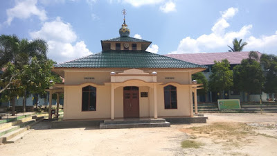 BANTUAN MIC WIRELESS DAN JAM DIGITAL JADWAL SHOLAT MASJID M. AS-SINAN WA BIBI AS-SAYIR