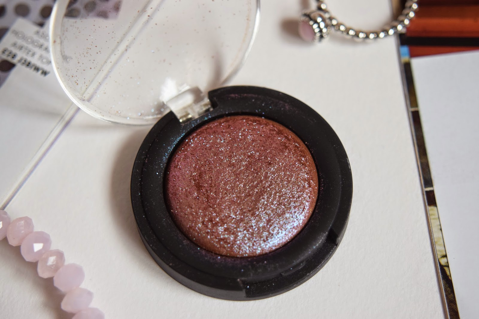 A CLOSE UP SHOT OF THE TOPSHOP EYESHADOW