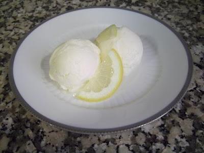 Helado de limón casero