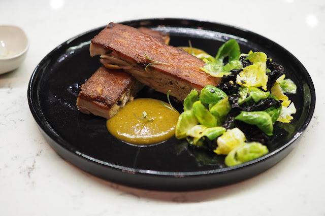Josper grill Crispy Suckling Pig (S$34) el mero mero food review