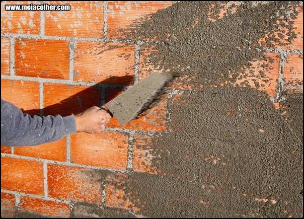 chapiscando um muro