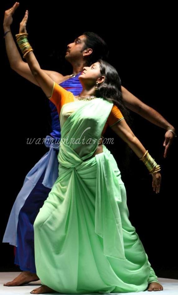 Indian Cinema Actress Meera Jasmine Hot Saree Hip Show -6685