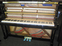 acoustic upright piano hammer weighted key action