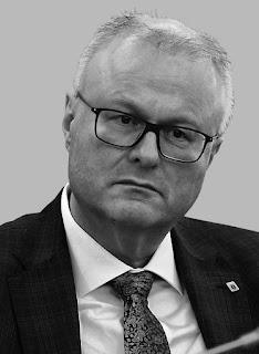 https://www.faz.net/aktuell/rhein-main/tod-von-thomas-schaefer-der-beste-minister-in-hessen-16702827.html