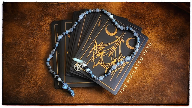 Foresight Friday reading using the Threads of Fate Oracle