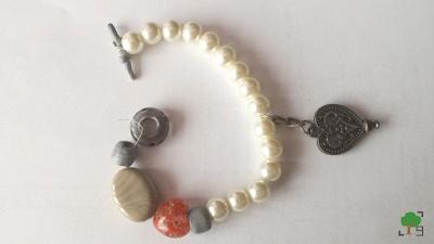 recykling, biżuteria, perełki, szarość, serce, serca, pandora, krzemienie pasiaste, korale,