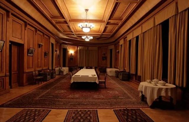 Sala de jantar em Blizhnyaya dacha