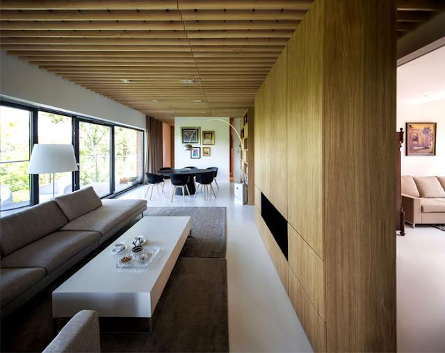 Rumah Minimalis Dengan Gaya Barat Dan Timur
