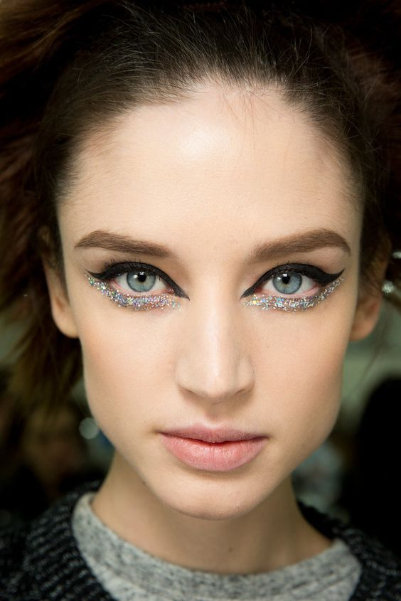 10 New Year's Eve-worthy makeup looks to ring in the new year in style