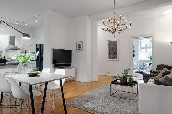 стильный светлый интерьер кухни студио