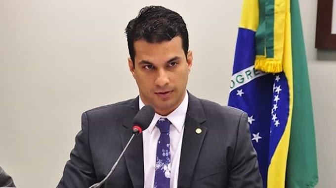 Modelo registra boletim de ocorrência por estupro contra senador Irajá Silvestre