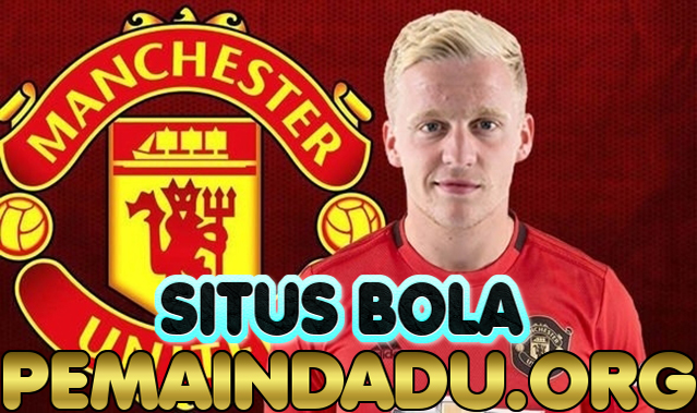 Donny Van De Beek Resmi Bergabung Ke Manchester United