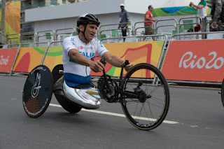 Zanardi in action for the Italian team at the 2016 Paralympics in Rio de Janeiro, where he won two gold medals