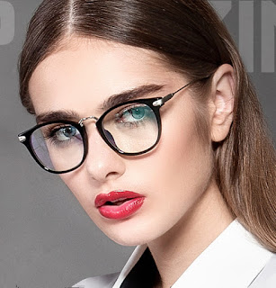 Glasses Frame For Girl : MAKEUP TIPS TO FOLLOW IF YOU WEAR GLASSES ~ The Sisters Go ...