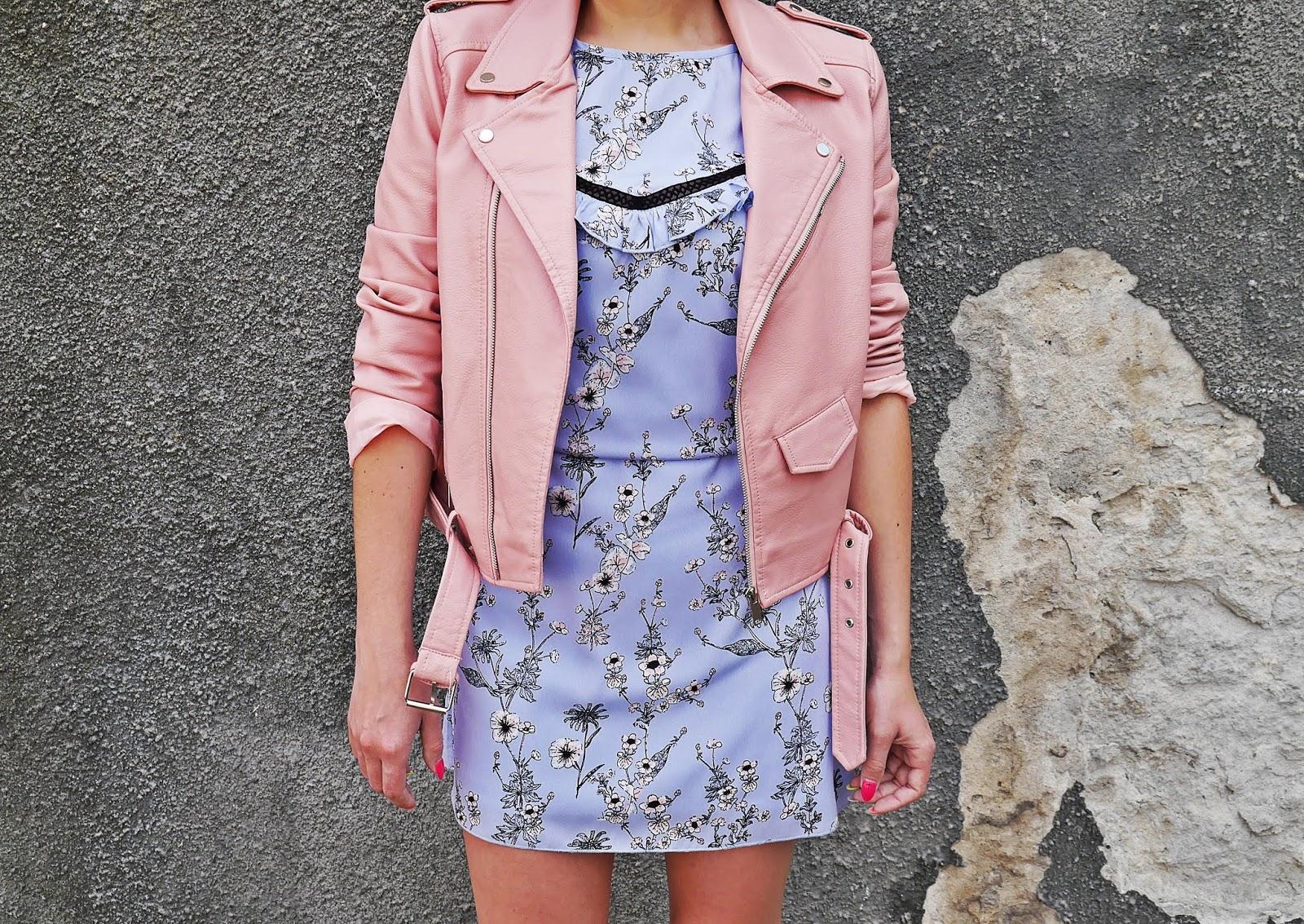 2_sukienka_w_kwaity_bonprix_rozowa_ramoneska_buty_renee_karyn_blog_modowy_200518