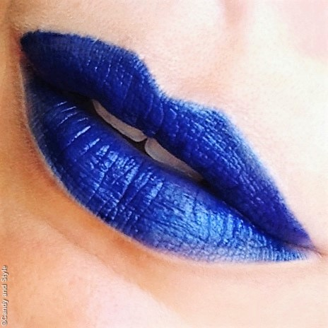 L'ORÉAL PARIS X BALMAIN REBELLION COLOR RICHE BLUE LIPSTICK