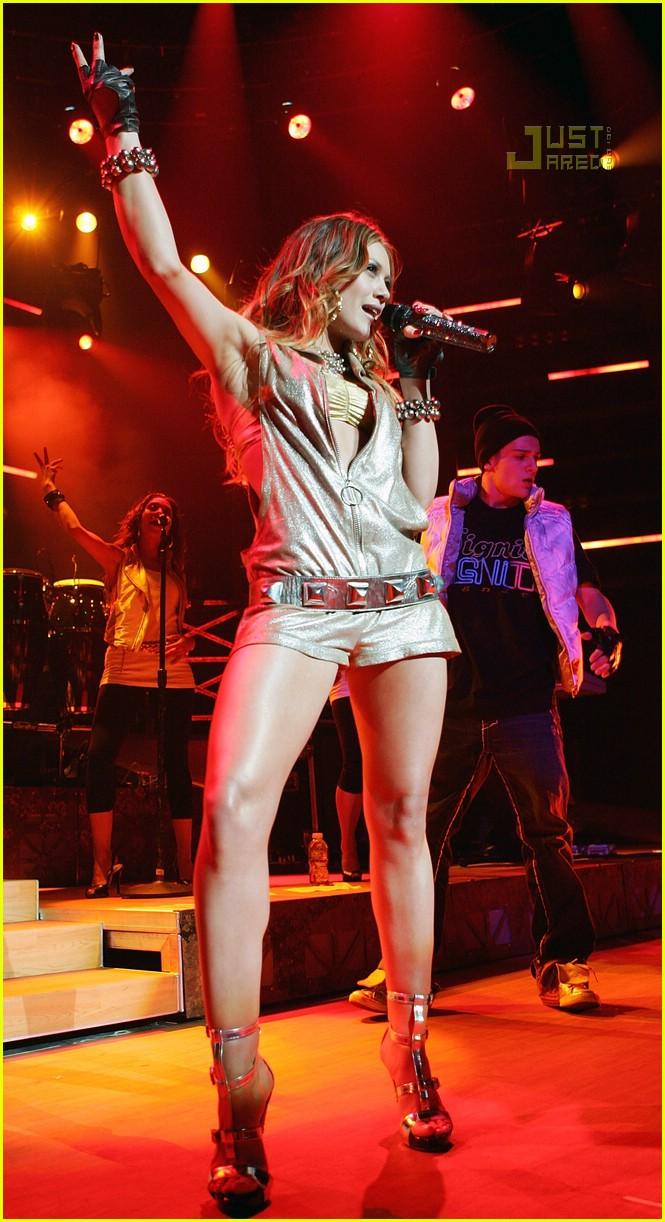 Hilary Duff Hilary Duff Legs
