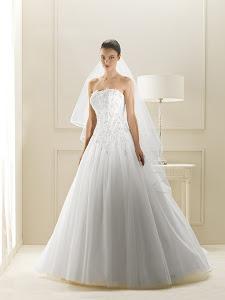 abiti da sposa con inserti swarovski Gritti 2014