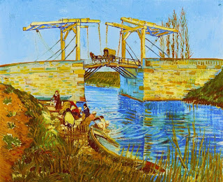 A pintura em óleo sobre tela, A Ponte de Langlois em Arles, também conhecida como A Ponte em Langlois com Lavadeiras, do pintor Van Gogh, retrata uma cena cotidiana em dia iluminado. À margem esquerda de um rio, um grupo de lavadeiras em diferentes posições: elas usam touca, algumas saia e blusa e outras, vestidos compridos modestos. À beira do rio, é evidente que um pequeno grupo enxagua roupas, pelo efeito dinâmico criado através de pinceladas semicirculares em nuances de azul. Na extrema esquerda, próximo a elas, um barranco em tom alaranjado brilhante, abriga uma pequena horta e abaixo na margem, avista-se através da vegetação alta, um barco parcialmente invadido pela água. Ao centro, uma precária ponte pênsil estruturada em madeira e correntes que deslizam por roldanas presas ao alto e base composta por pedras em tons de amarelo, com poucas alternâncias em verde e marrom. A imagem da ponte reflete-se invertida na água do rio. No meio da ponte, há uma pequena carroça com cobertura em arco em amarelo pálido, puxada por um cavalo marrom. Do lado direito, por trás da murada da ponte, seis ciprestes amarelados despontam e ultrapassam a estrutura superior da ponte.