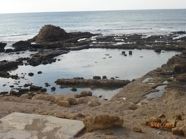 חוף הים בקיסריה