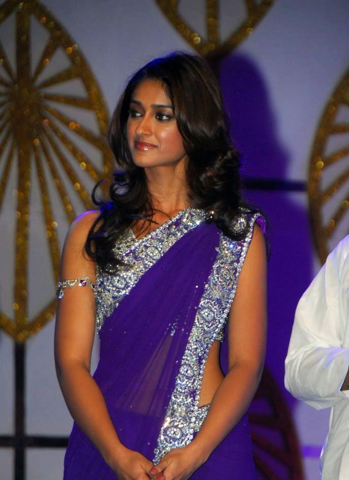 Sexy ileana in purple sareee at an event