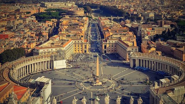 Piazza San Pietro-Roma-Vaticano