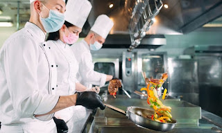 The Importance of Food Safety in Commercial Kitchens