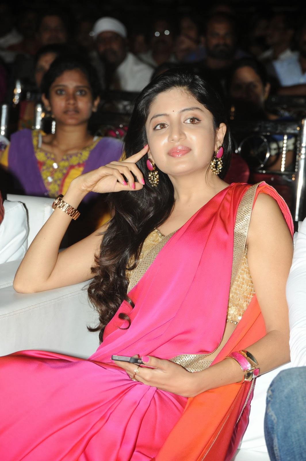 Pretty Poonam Kaur in Pink Saree looking Gorgeous