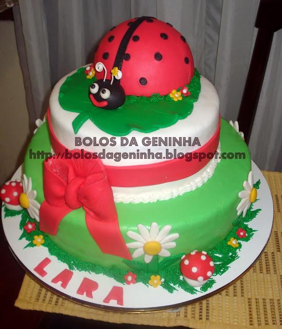 Bolo joaninha para festa infantil Geninha