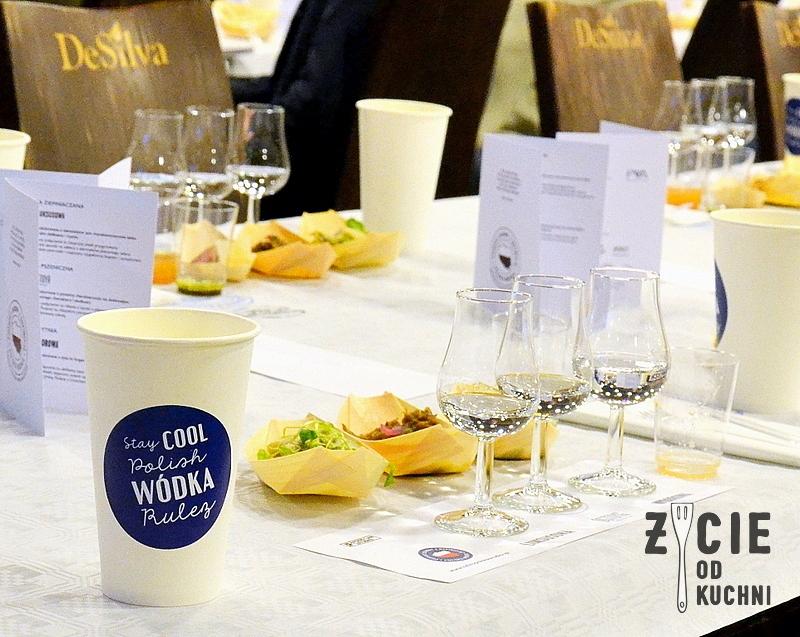 polska wodka, degustacja, stara zajezdnia krakow, ostoja, wyborowa, luksusowa, wodka,