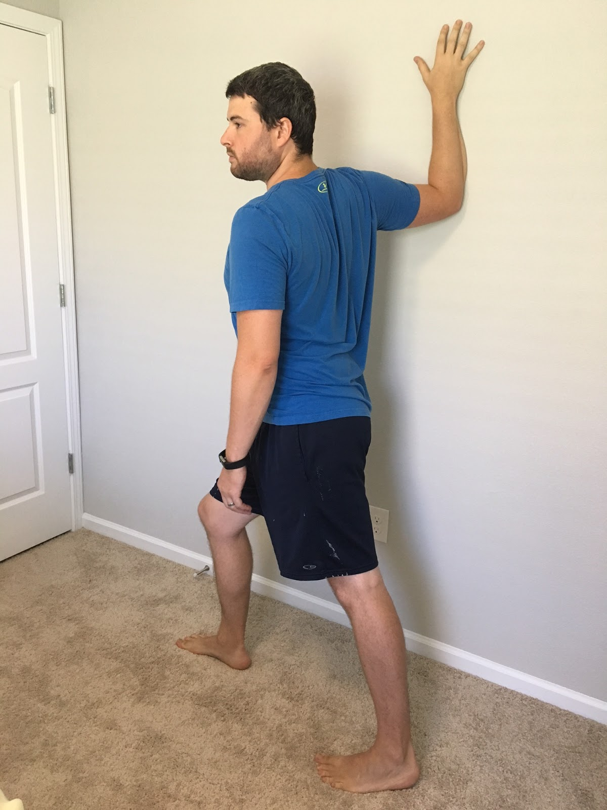Anterior Shoulder & Chest Stretch - G4 Physiotherapy & Fitness  |Pectoralis Major Stretch