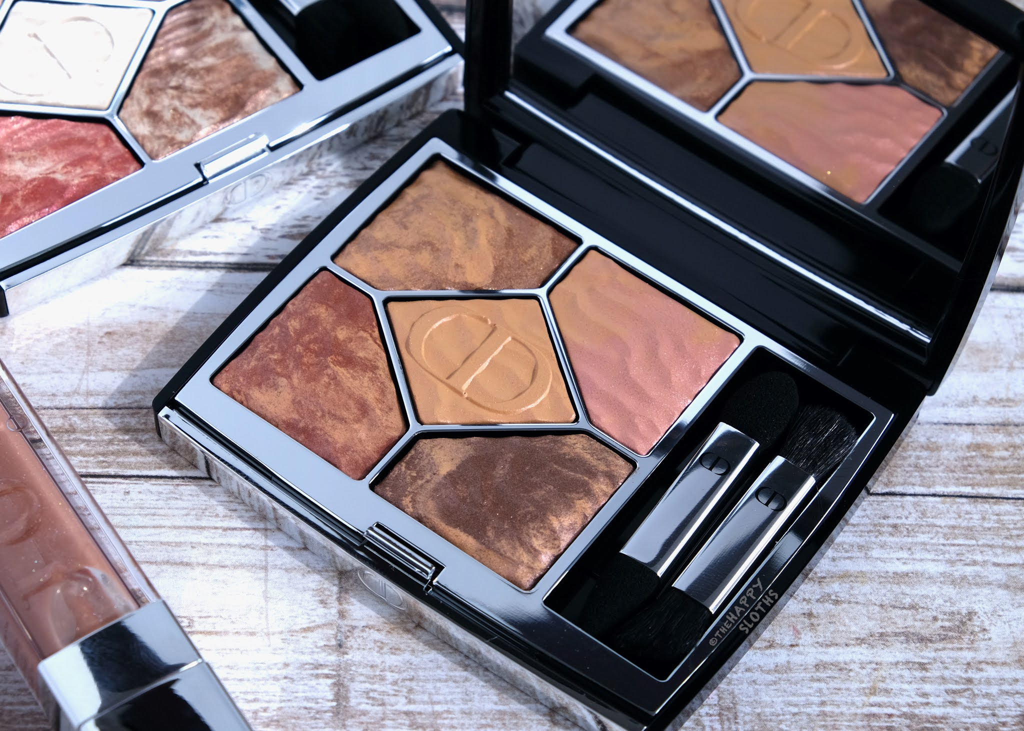 """Dior   Summer Dune 5 Couleurs Couture Eyeshadow Palette in """"699 Mirage"""": Review and Swatches"""