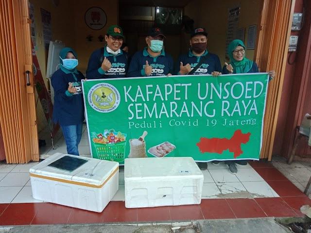 Kafapet Unsoed Semarang Raya Bagikan Paket Peduli Covid-19