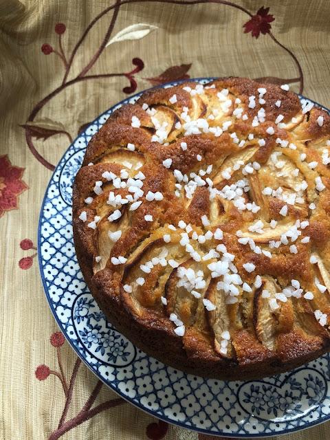 Chez Maximka, easy apple cake