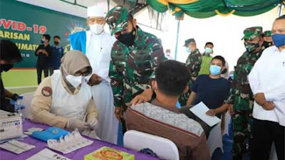 Pangdam I BB Tinjau Vaksinasi bagi Mahasiswa UMSU Medan