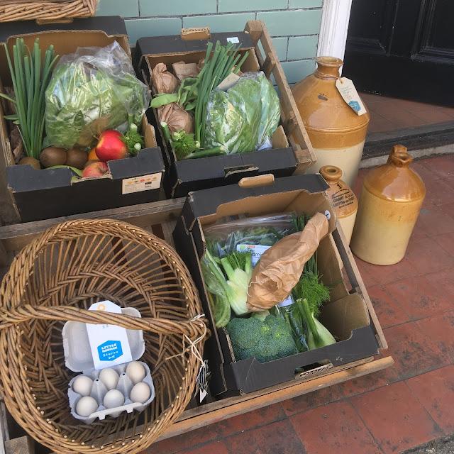 veg outside grocers
